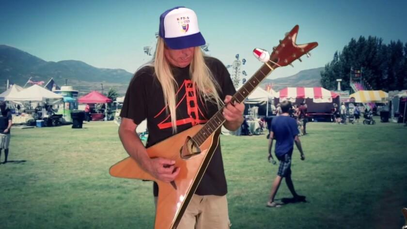 Johnny Rock Band – Hotdog on a Stick Song